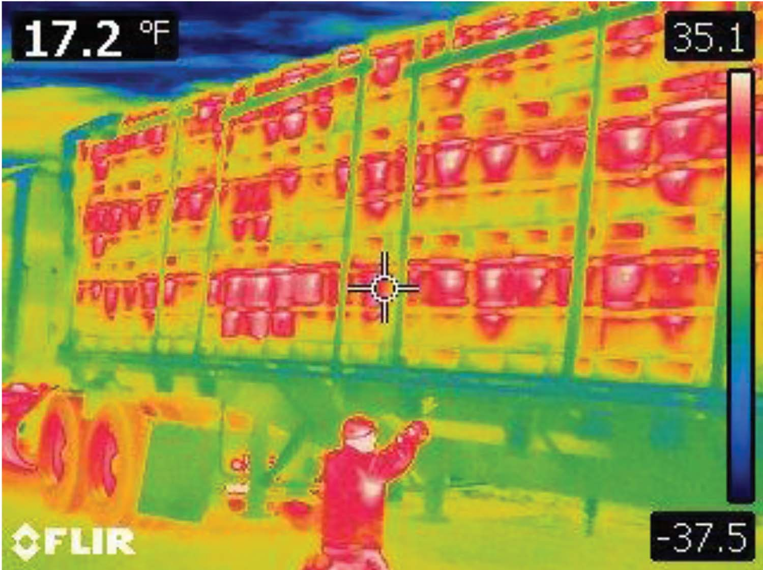 FLIR E60, Strapping hives, truck headed for California, 17.2° Air Temperature, 7:22 p.m.