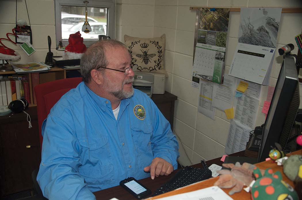Putting out fires, coordinating a staff of regional bee inspectors, and working with the staff in the Department keeps David busy – his cell phone never stopped until he turned it off get other work done!