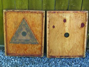 The Bee Escape Board which acts as a one-way door to remove bees from supers, works best when the honey harvest is timed to occur when days are warm and nights are on the cool side. Cool nights provide bees with an extra incentive to leave the honey supers when they pass through the Bee Escape on their way to help warm the brood nest.