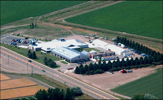 CATCH THE BUZZ – Sidney Montana Agricultural Laboratory not only fends off cuts, but will add New honey bee research position