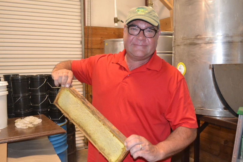 CATCH THE BUZZ – Pickens BEEKEEPER named South Carolina Farmer of the Year