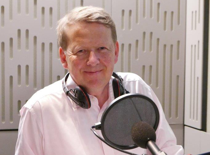 CATCH THE BUZZ – Bill Turnbull records the Radio 4 Appeal for Bees for Development