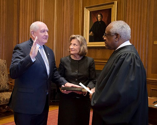 CATCH THE BUZZ – Sonny Perdue Sworn in as 31st U.S. Secretary of Agriculture
